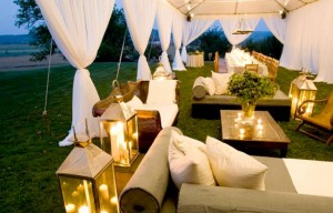 Create A Spectacular Reception Lounge For Your Guests